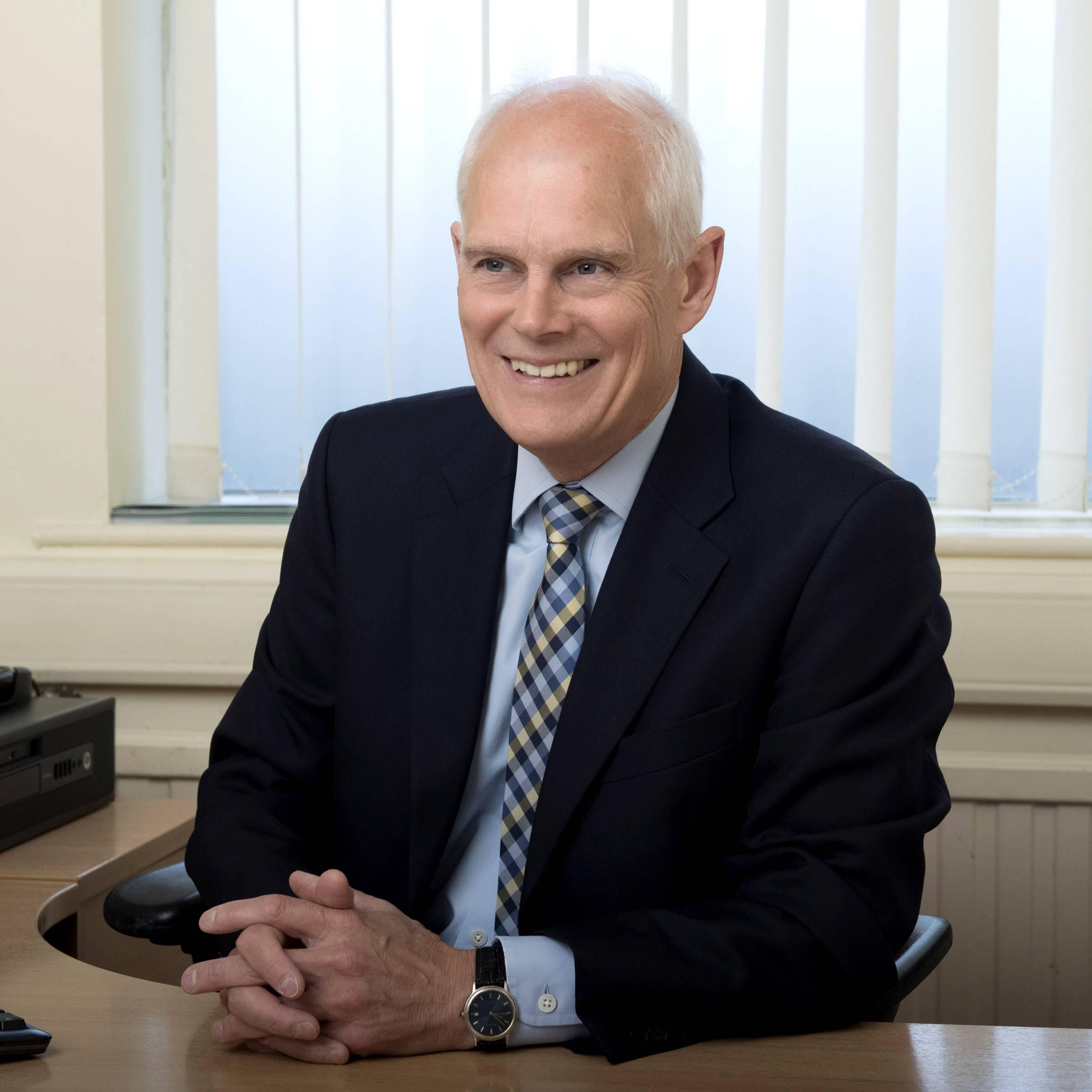 Glyn Evans LL.B.